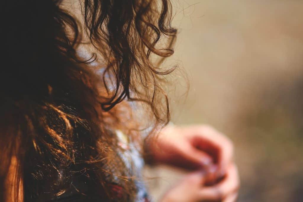 cheveux-poreux-astuces