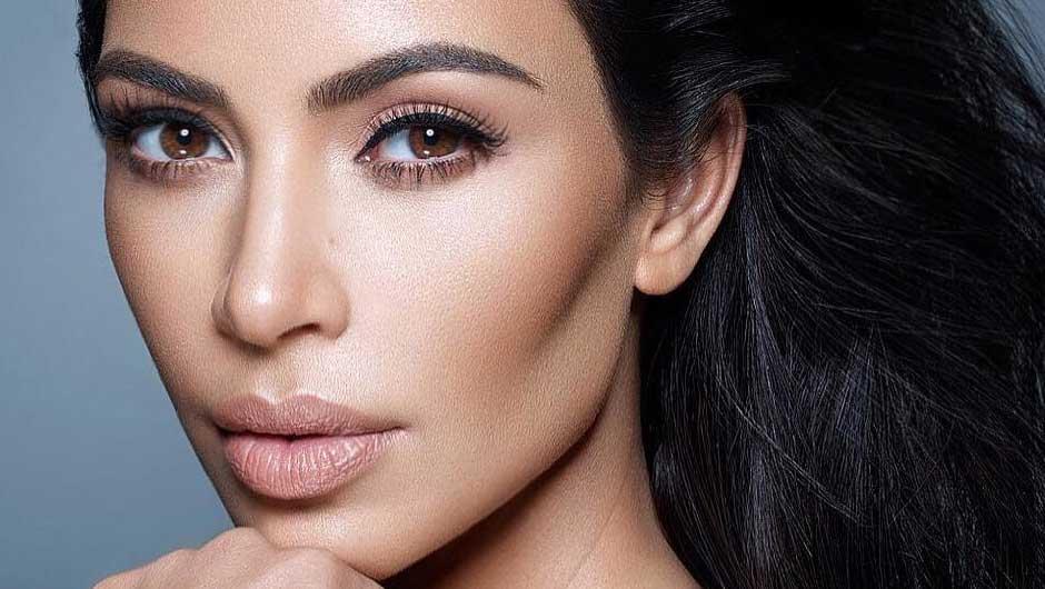 contouring-nez-astuces-maquillage-kim-kardashian-produits