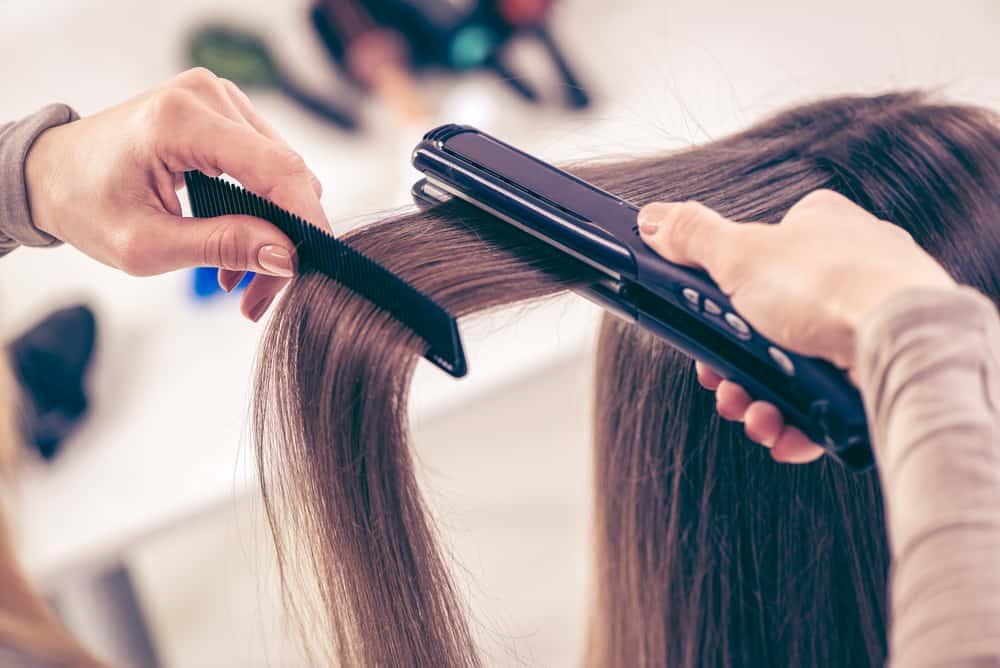 lissage-cheveux-fer-lisser-techniques-choisir