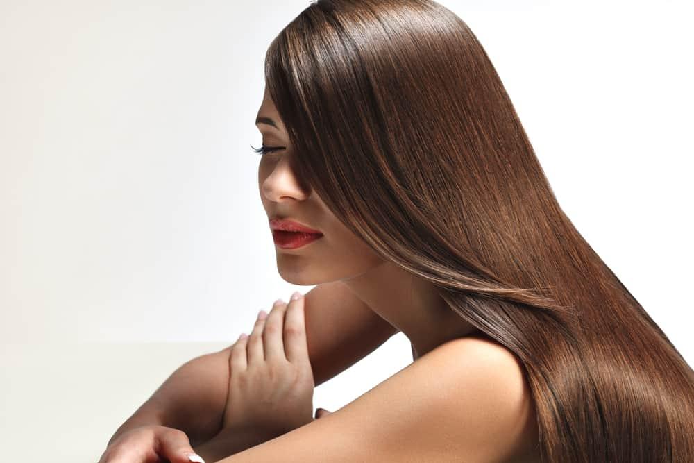 lissage-proteine-soie-bienfaits-cheveux
