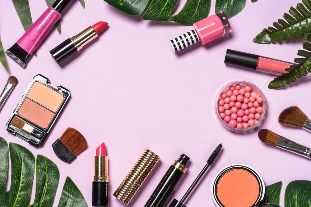 maquillage-effet-naturel-indispensables-astuces