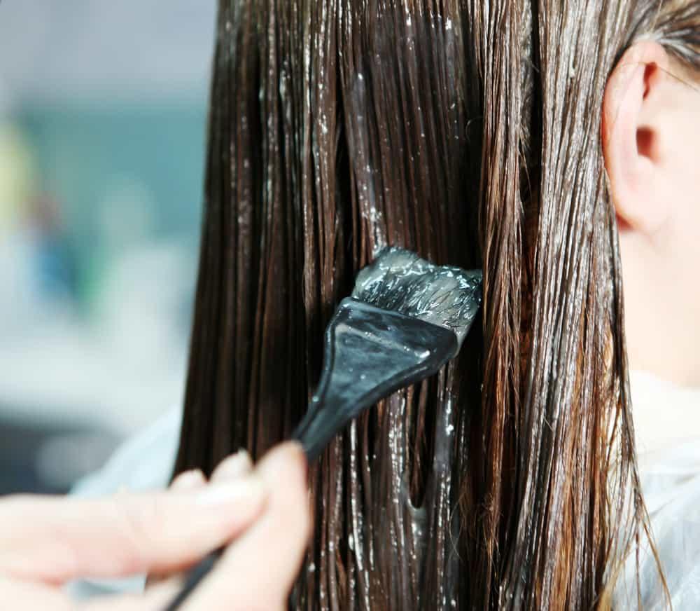 faire-defrisage-maison-méthodes-cheveux