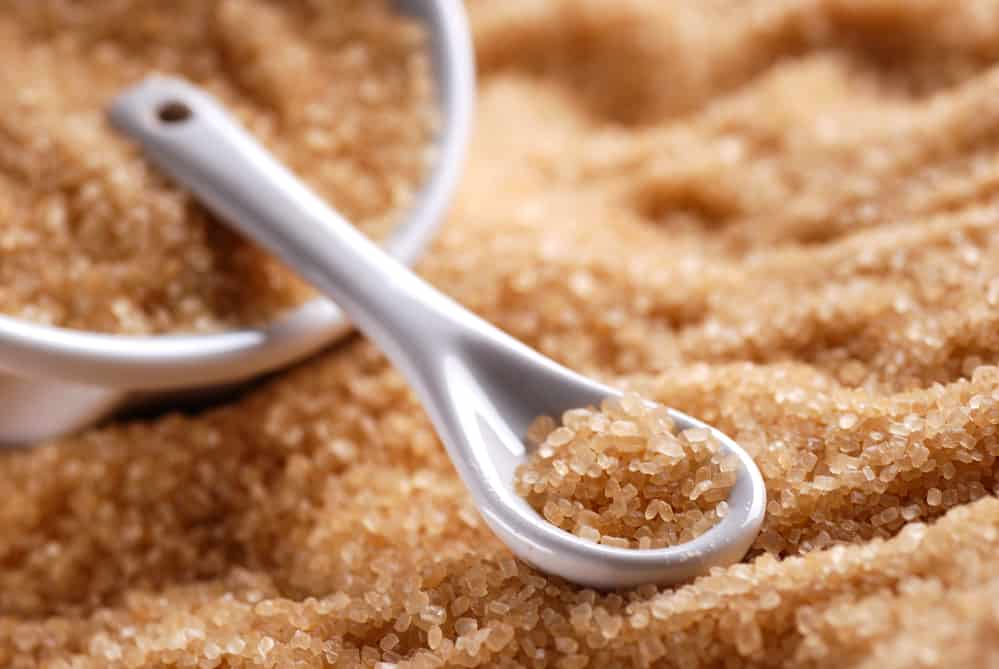 gommage-sucre-corps-recette-naturelle-sucre-brun