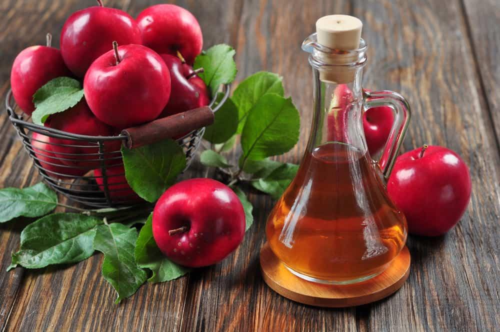 grains-milium-remedes-naturels-contre-microkystes-vinaigre-pomme