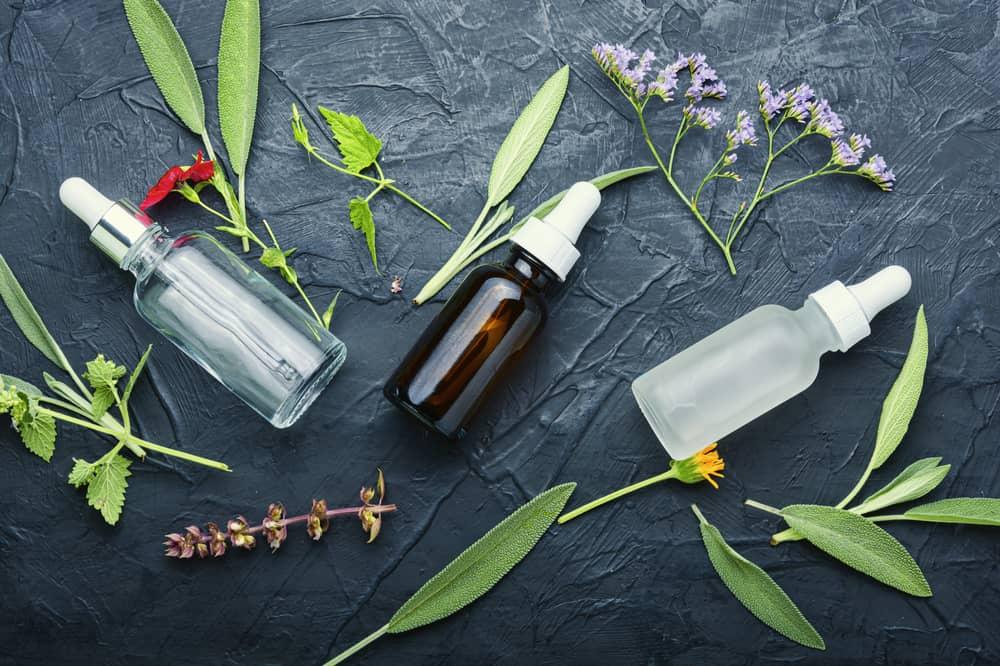 remedes-naturels-croûtes-cuir-chevelu-huile-essentielle