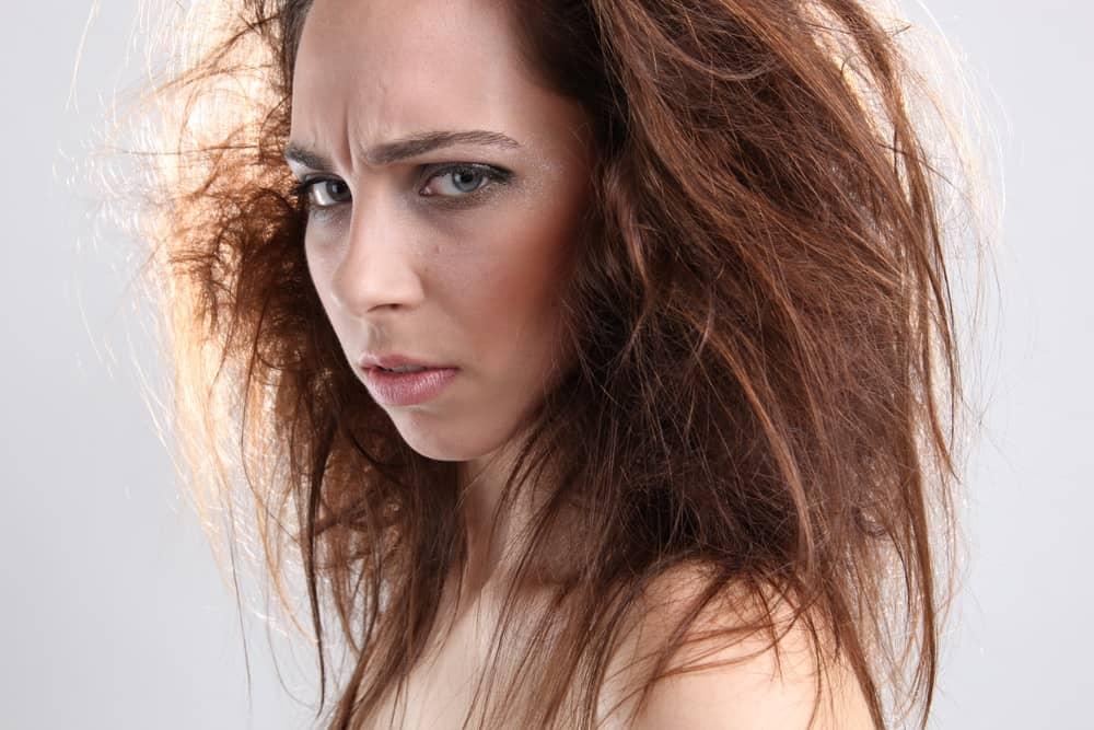 stopper-frisottis-soins-capillaires-astuces