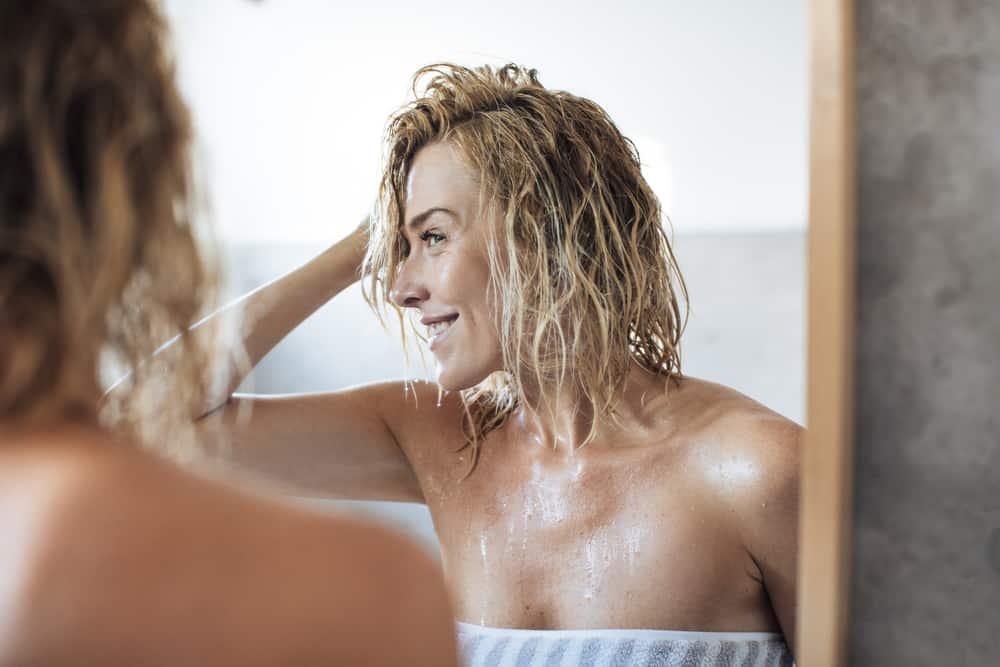 stopper-frisottis-soins-cheveux-sechage