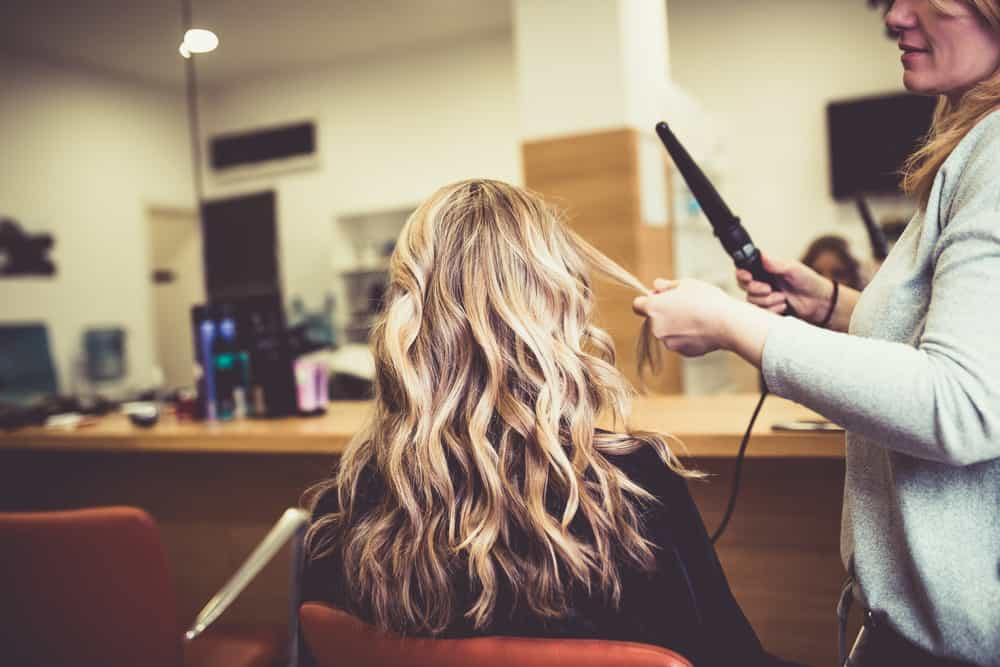 balayage-blond-technique-type-coloration-cheveux