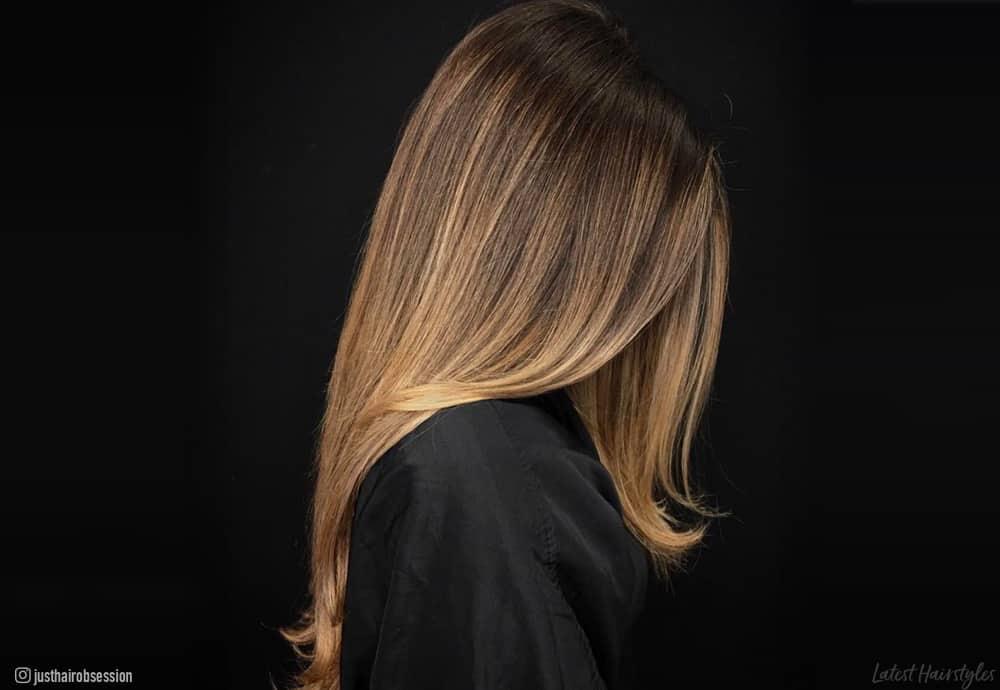 balayage-miel-cheveux-coloration-tendance