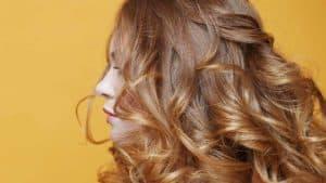 blond-venitien-coloration-cheveux-entretien
