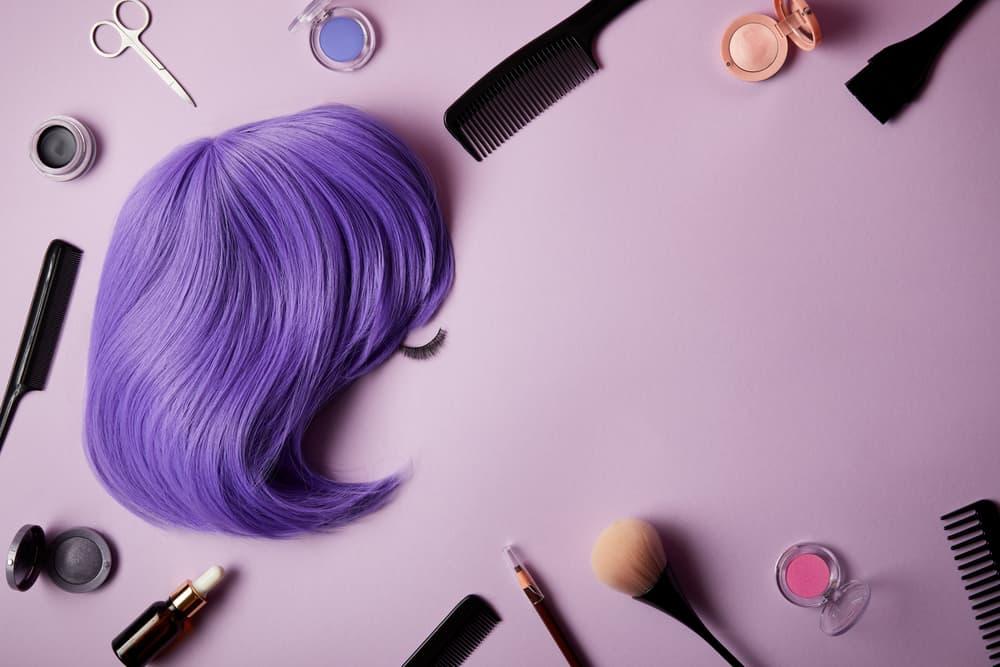 coloration-cheveux-violets-entretien-couleur-soin