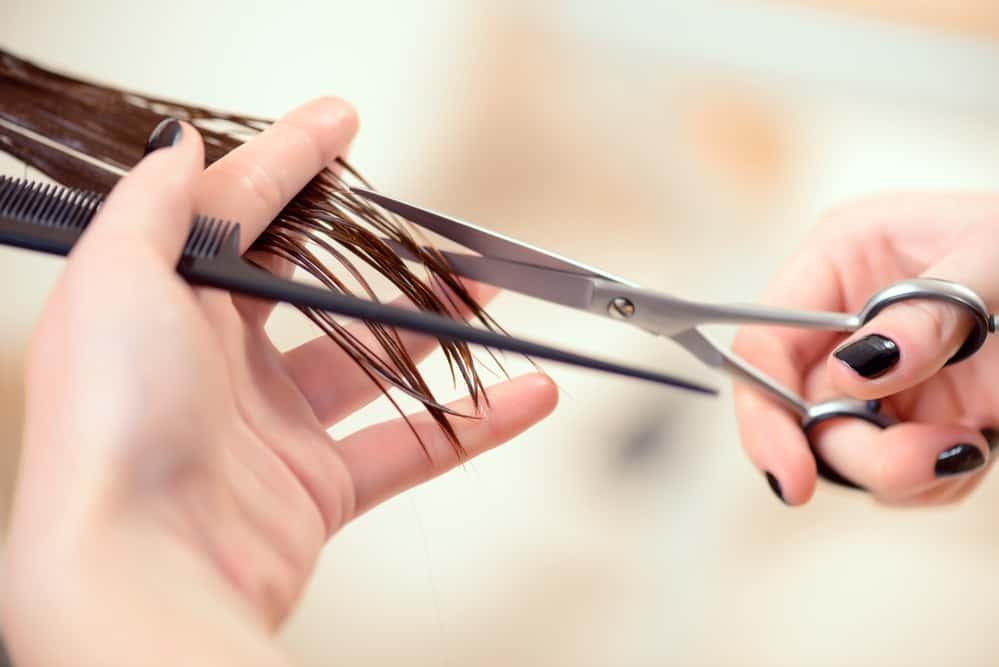 demelant-cheveux-fait-maison-couper-pointes-fourchues