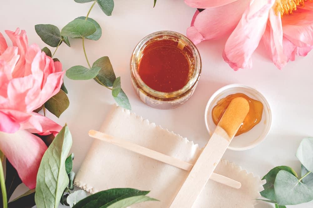 epilation-naturelle-sucre-miel-méthode-naturelle