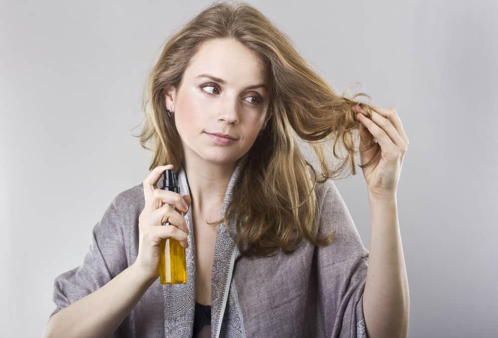 fourches-cheveux-réparer-hydratation-huiles