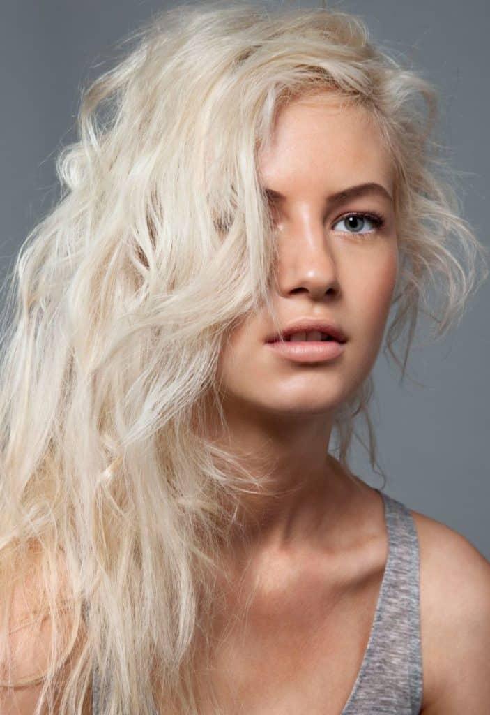 astuces-eclaircir-cheveux-decoloration-capillaire