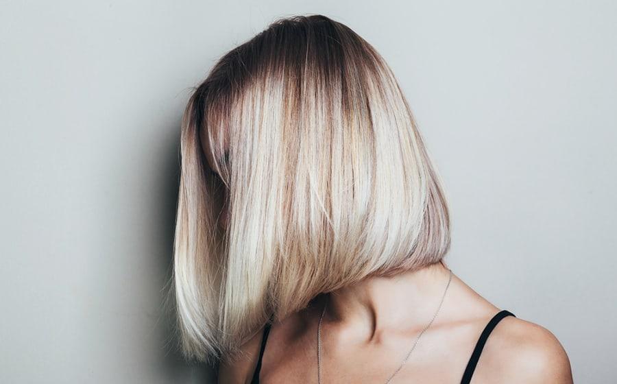 astuces-eclaircir-cheveux-decoloration-capillaire-soin