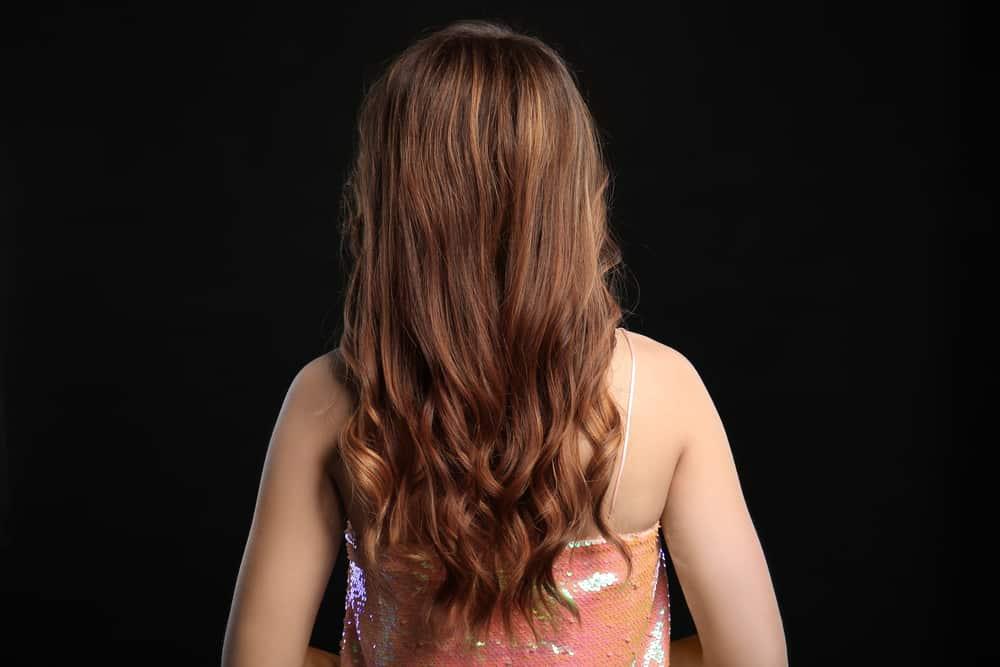 balayage-caramel-cheveux-technique-coloration-capillaire