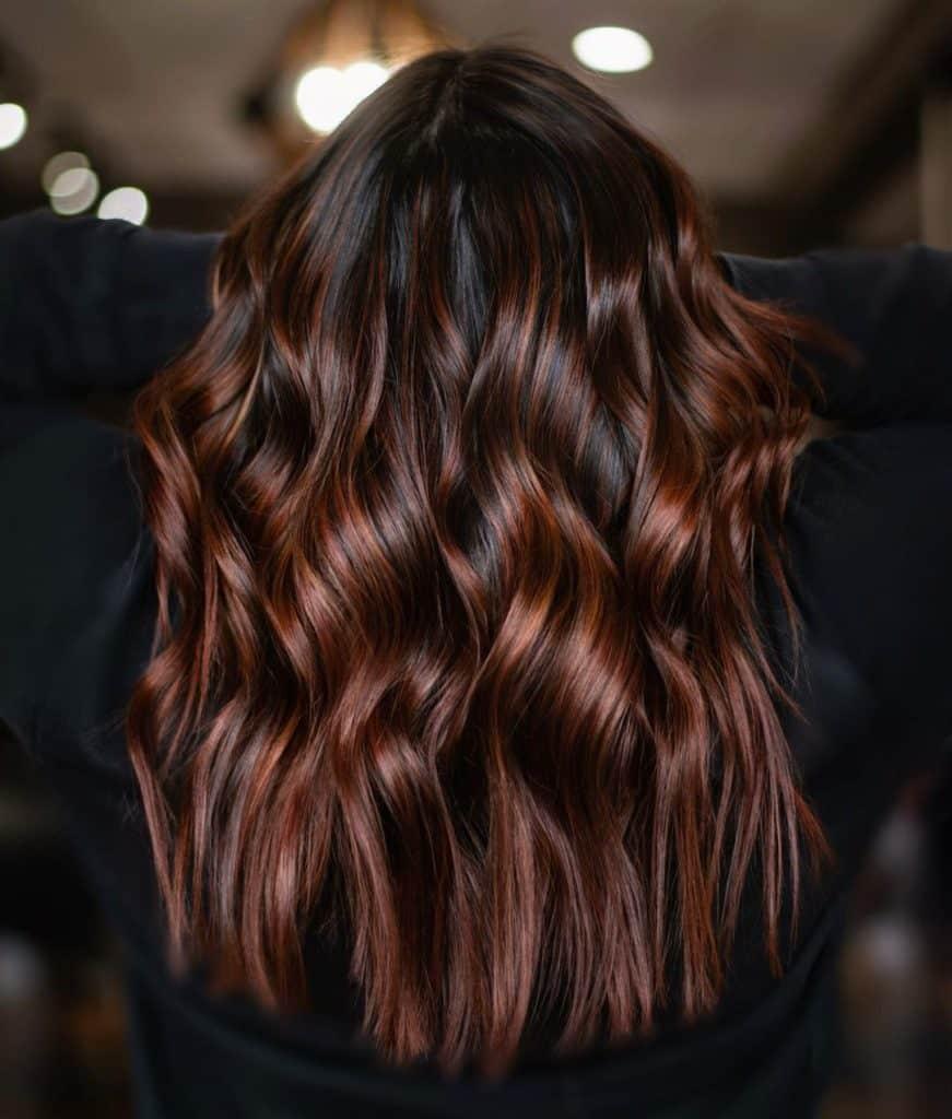 balayage-chocolat-coloration-cheveux-guide