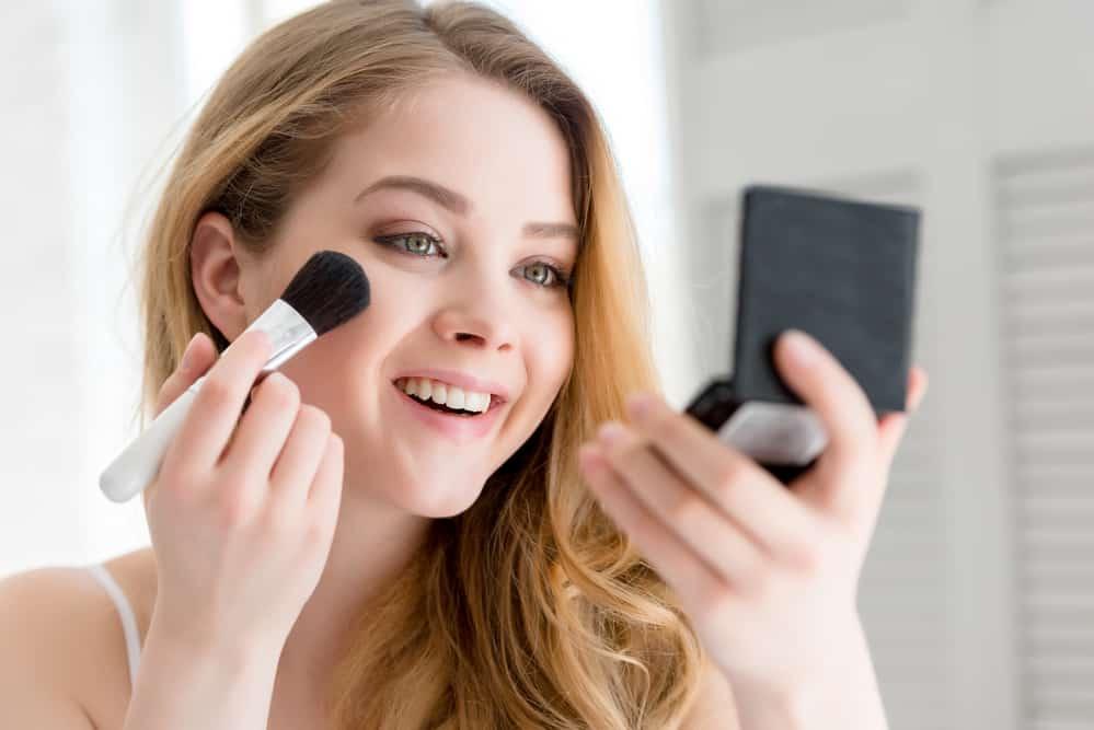 choisir-blush-bonne-mine-maquillage-bonnes-pratiques