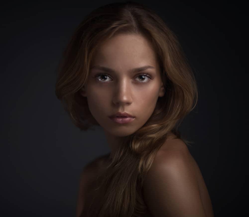 choisir-blush-maquillage-type-peau-mate-conseils