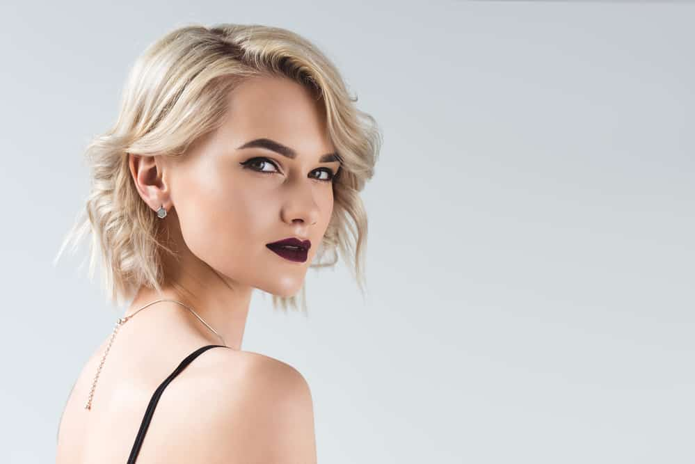 choisir-rouge-a-levres-blonde-maquillage-comparatif