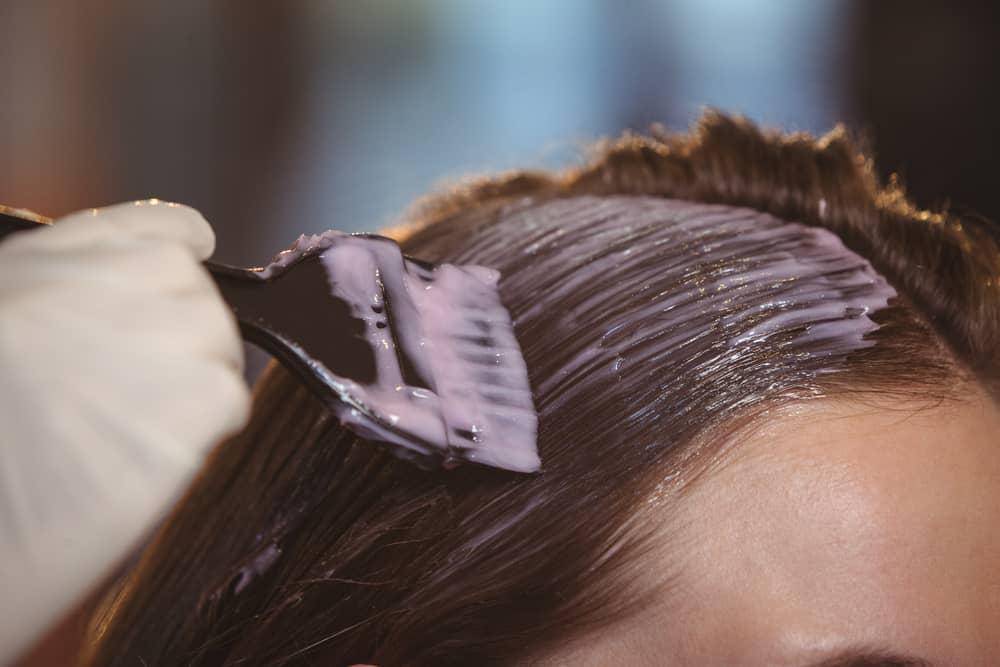 coloration-capillaire-acajou-cheveux-maison-conseils