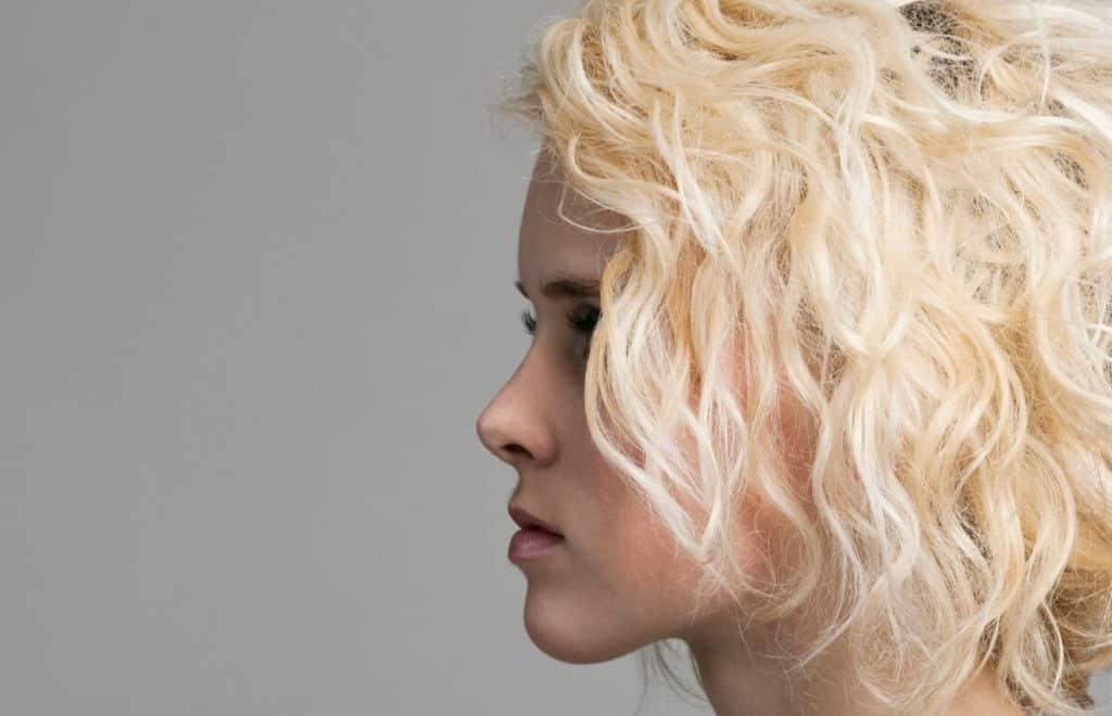 decoloration-capillaire-astuces-eclaircir-cheveux