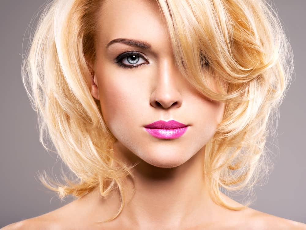 rouge-a-levres-rose-maquillage-blonde-comparatif