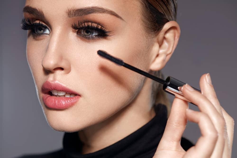 meilleurs-mascaras-effet-faux-cils-maquillage-yeux-comparatif