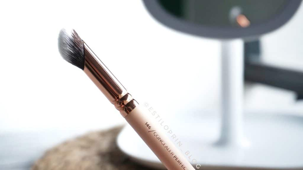zoeva-pinceaux-maquillage-146-Concealer-Perfector
