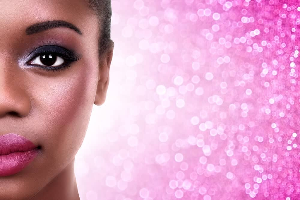 comment maquiller des yeux noirs soin
